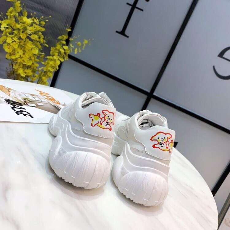 Fast delivery 2019 four seasons round toe women sneakers genuine leather comfortable cross tied women shoes n-in Women's Flats from Shoes    2