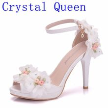 Crystal Queen Women Bride Shoes Toe High heeled Butterfly Wedding Shoes Lace Flowers Wristbands Summer Party Sandals Pumps