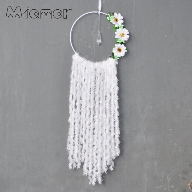 White flowers dreamcatcher wind chimes pastoral style home wall white flowers dreamcatcher wind chimes pastoral style home wall hanging wedding decor pendant dream mightylinksfo