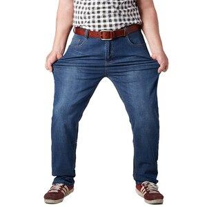 Image 4 - בתוספת גודל 32 52 גברים קלאסי ישר בבאגי ג ינס חדש קיץ זכר דק מזדמן רגיל Fit ינס מכנסיים גדול גודל סרבל עבור Mens