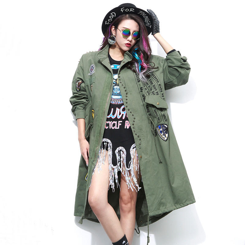 2016 Autumn Winter New Fashion Army Green Women and Black   Trench   Coat with Rivet and Patch Designs trenchcoat femme YQ25