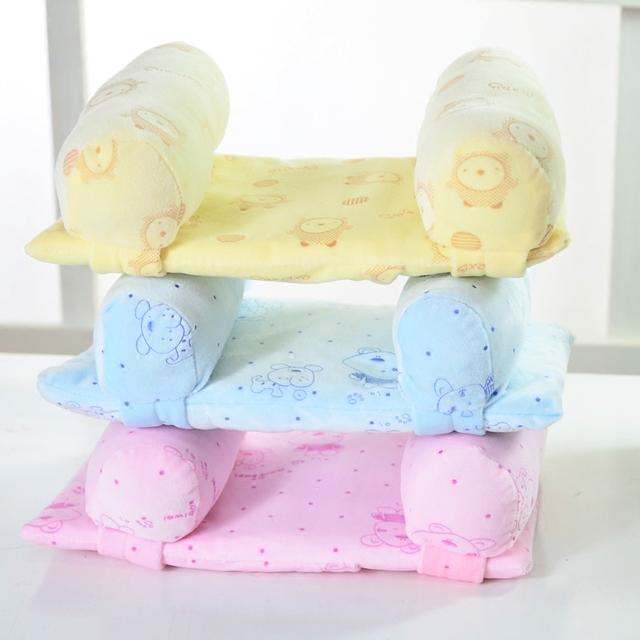 O Envio gratuito de 1 Peça de tecido de veludo Confortável Encantador Dos Desenhos Animados Do Bebê Da Criança Seguro Sono Cabeça Posicionador Anti-rolagem