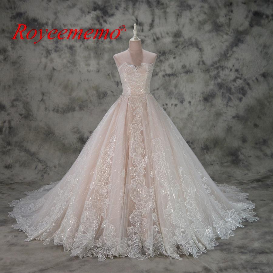varm försäljning rosa satin av axeln speciella spetsar design - Bröllopsklänningar - Foto 1