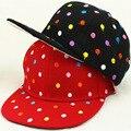 Все матч Спорт Дети Шапки Черный Красный Вышивка Красочные Dot Прекрасные Летние Девочки Мальчики Бейсболки Хлопка Snapack Шляпы