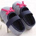 2016 Nuevas ventas calientes Zapatos de Bebé de Algodón Bebé Zapatos Cómodos de rayas bowknot Nacidos Zapatos de Moda