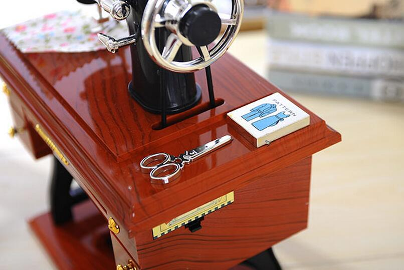 Retro Music Box Vintage Lockwork Sewing Machine Model Music Box Kid - Home Decor - Photo 4
