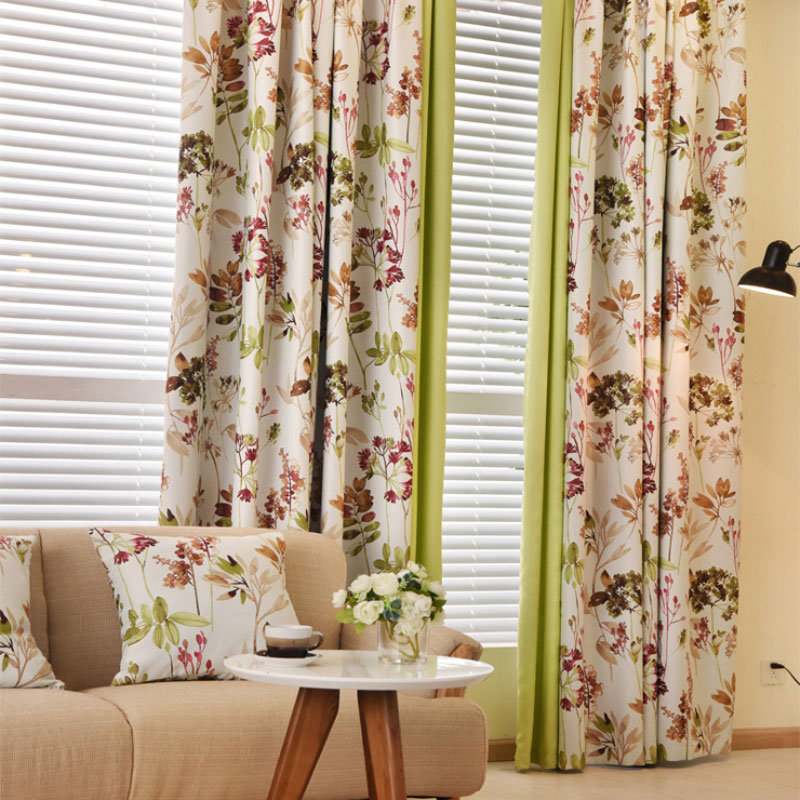 Modern Window Curtain With Flower Design: European Style Floral Print Blackout Curtains For Living