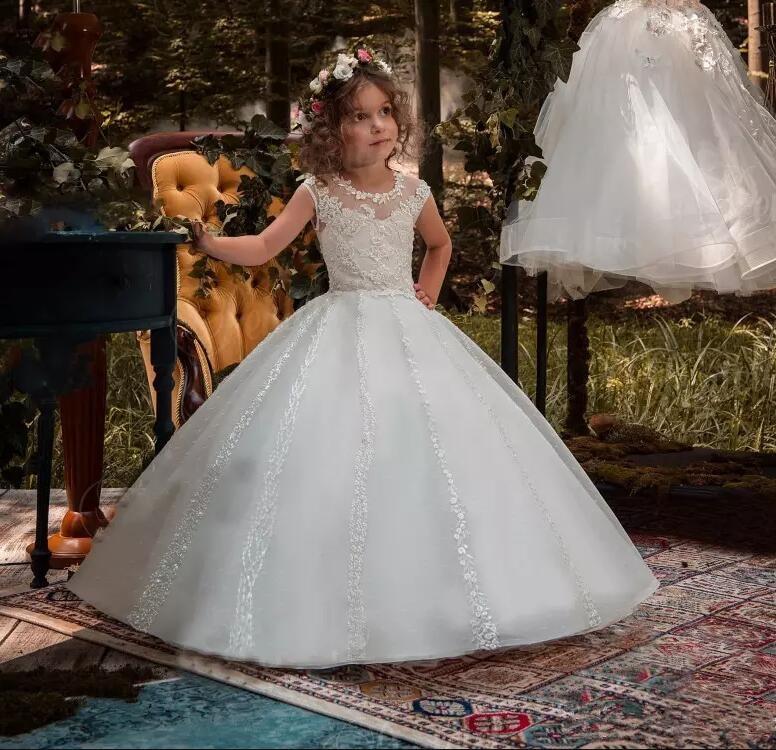 Princess Ball Gown Flower Girls Dresses For Weddings Lace Appliqued Cap Sleeve Little Kids First Communion Dress 2017 little girls princess ball gown