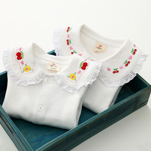 2017 meninas usam primavera versão Coreana do Novo vestido de Renda Do Bebê T-shirt de Manga Comprida camisa tx-4100