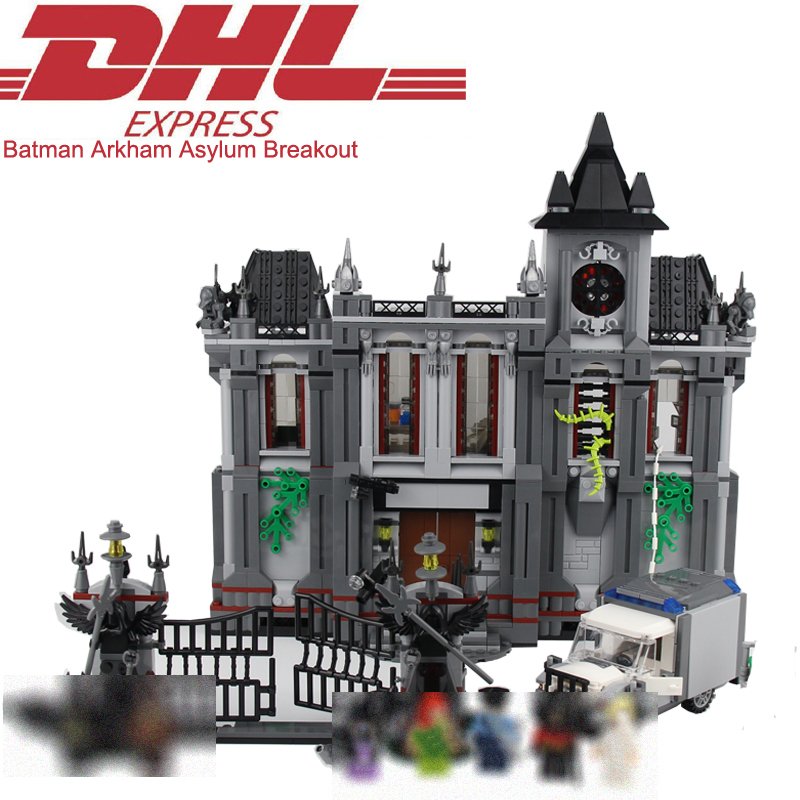 1685Pcs Super Heroes Figures Batman Arkham Asylum Breakout Model Building Kits Blocks Bricks Toy For Children Compatible 10937 super heroes batman the scuttler building blocks new year gift diy figures toys for children compatible lepins 3d model