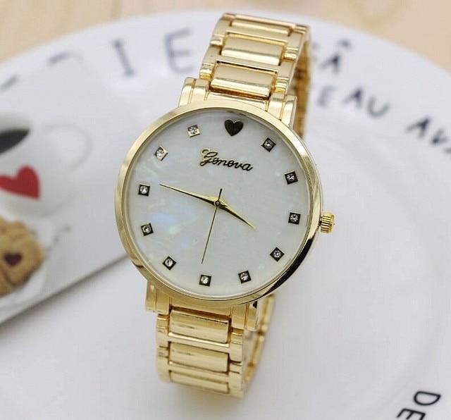 64ae8fe0aac Novo Aço Inoxidável Relógio de Pulso Das Mulheres Mãe de Discagem Pérola  Relógio de Ouro Genebra