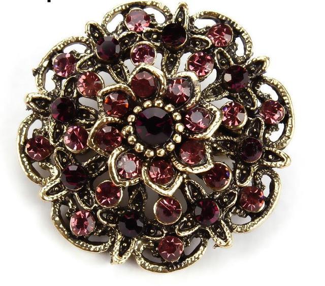 baiduqiandu Retro Crystal Antique Gold Flower Brooches for Women Romantic Wedding Bridesmaid Rhinestone Party Bouquet Brooch Pin