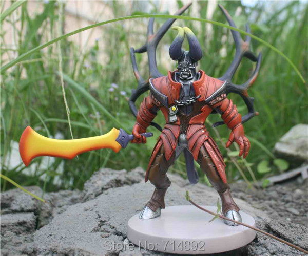 DOTA 2 Lucifer figure DOTA2 heros Doom Bringer 9 PVC toy free shipping heros 40 деталей