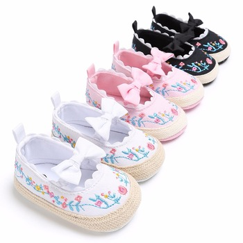 2019 Toddler Newborn Baby Crib Shoes Bow Embroidery Princess Baby Soft Sole Anti-Slip Prewalker For Baby Girls First Walk 1