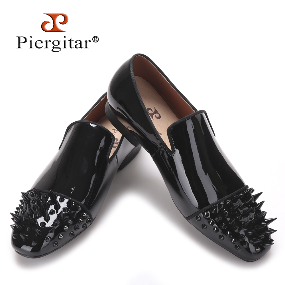Piergitar 2017 new Black Patent leather men loafers with Black long and short rivet toe Fashion Prom and Party men flats shoes men loafers paint and rivet design simple eye catching is your good choice in party time wedding and party shoes men flats