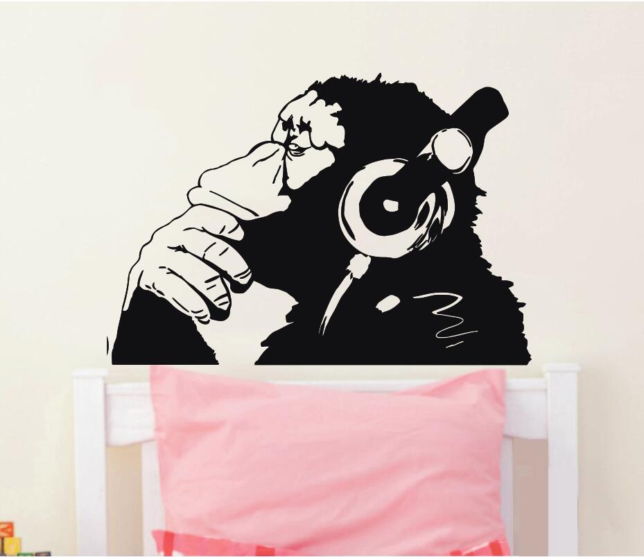 Banksy Vinyl Wall Decal Monkey Құлақаспаппен Chimp Music - Үйдің декоры - фото 4