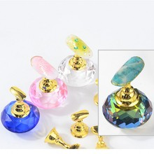 1 Set Magnetic Nail Holder Practice Training Display Stand Acrylic Crystal Holders Alloy False Nail Tip Salon DIY Manicure Tools 5pcs lot showing shelf false nail tips display stand holder set gold magnetic practice holders manicure nail art salon tools