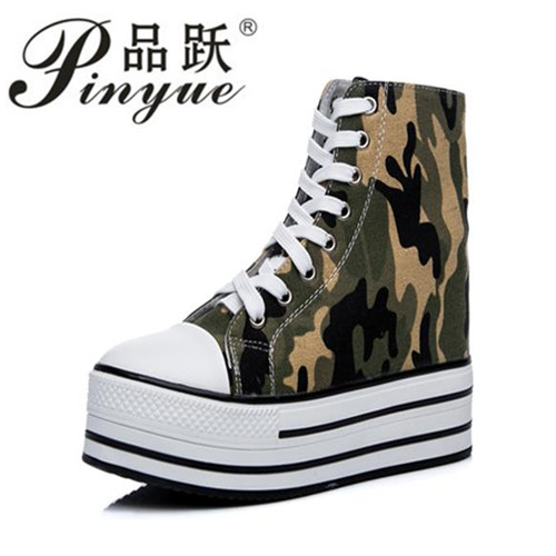 2018 Female Casual Shoes Autumn Winter New Brand Fashion High-top Camouflage Women Shoes Canvas high support sole shoes.