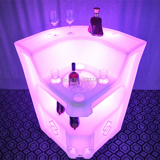 16 Colors Changing Rechargeable Remote control PE LED illuminated coffee cocktail bar tables counter of BAR Lumineux KRUG CORNER