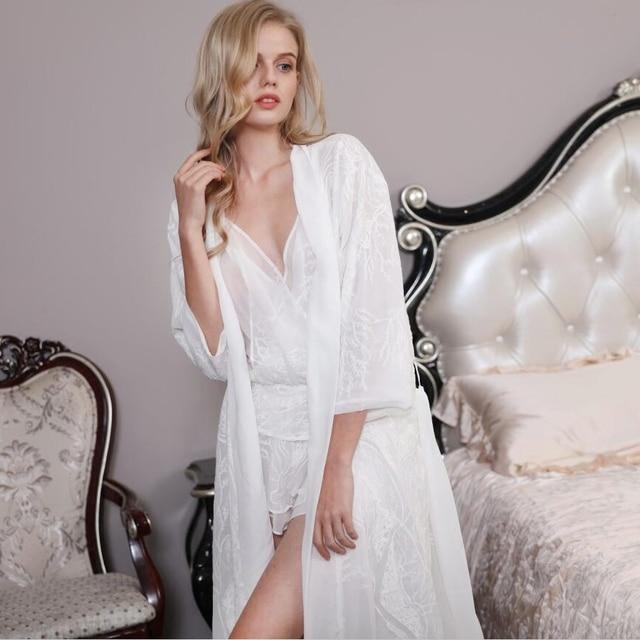 Халаты элегантные и сексуальные