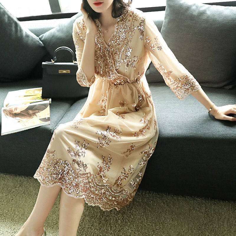 2018 Women's New Apricot V Neck Long Dress Embroidered Sleeve Dress Fashion Luxury Embroidered Prom Women Dresses