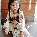 Розничная 2015 новых девушек комплектов одежды младенца дети одежда детей одежда майка + брюки 2 шт. помада патч мода комплект
