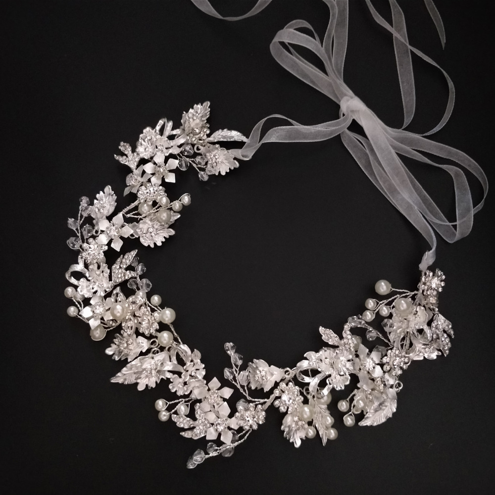 Charm Flower Wedding Tiara...