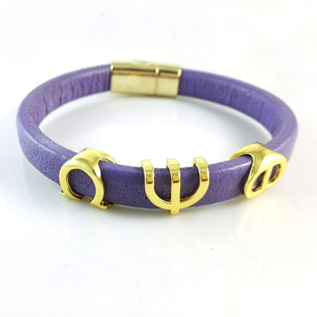 fafd75f49f4b Omega PSI PHI fraternidad pulsera hecha a mano de cuero brazalete ...