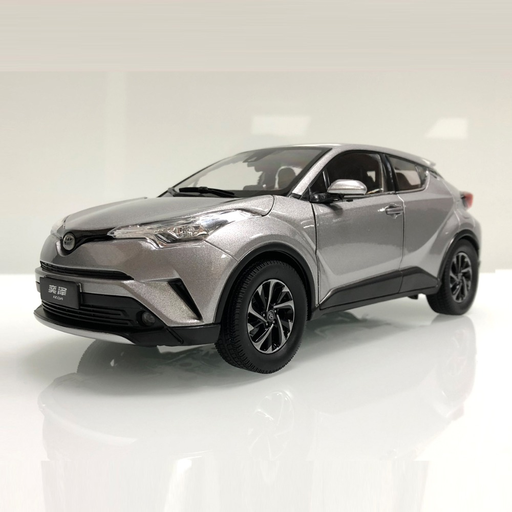 1:18 Diecast Model For Toyota IZOA C-HR 2017 Silver Alloy Toy Car Miniature Collection Gifts CHR C HR