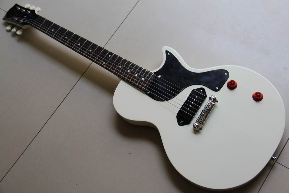 En gros Nouvelle Arrivée Studio guitare électrique Dans Lvory Blanc 130501