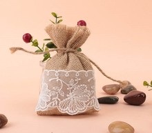 купить free shipping  Natural Jute Bags White Lace Jute Bag Gift Sweets Bags with  4''x 6'' недорого