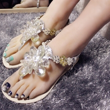 High Quality Flower Crystal Decorated Casual Sandals Women Flat Flip Flops Buckle Strap Shoes Fashion PU Handmade Women Shoes