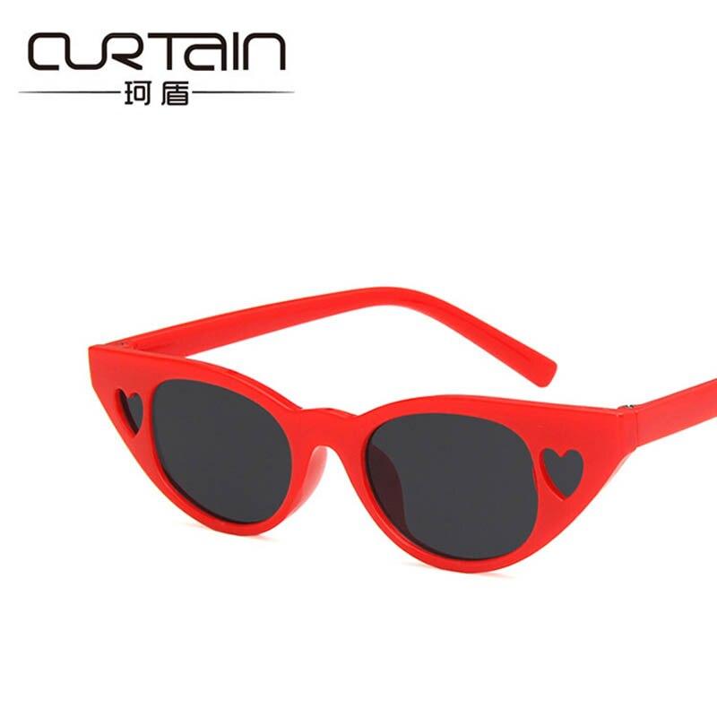 CURTAIN Lovely Kids Sunglasses For Girls Small Heart Frame Cat Eye Summer Girls Beach Goggles Women Hollow UV400 Plastic Glasses Girl