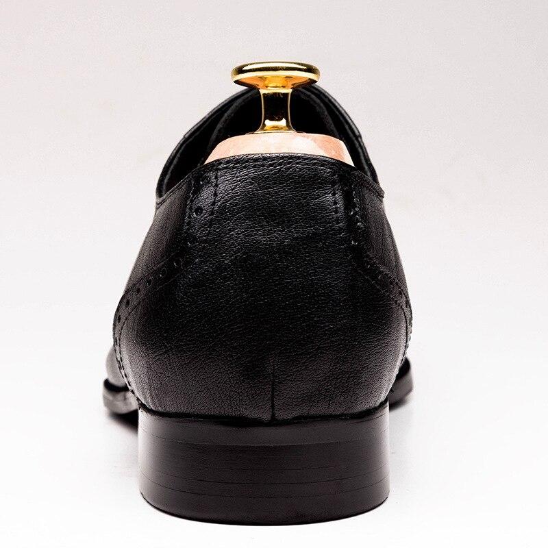 جديد أكسفورد الرجال الأحذية وأشار اصبع القدم الدانتيل يصل عالية الجودة جلد طبيعي الرجال الزفاف اللباس أحذية الرجال مكتب العمل أحذية حجم 37 44-في أحذية رسمية من أحذية على  مجموعة 3