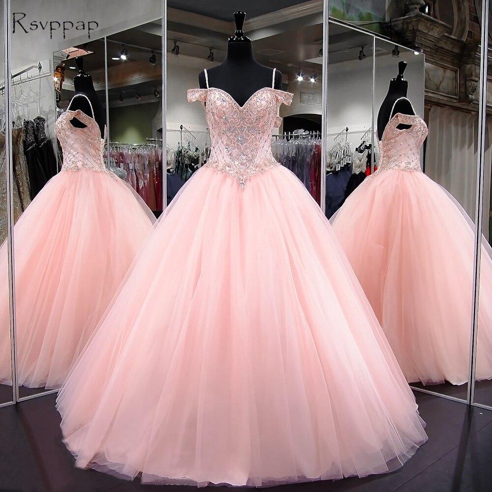 Longues Robes de Quinceanera 2018 Puffy Robe De Bal Sweetheart Cap Manches Doux 16 Lumière Rose Perlée Robe De Quinceanera
