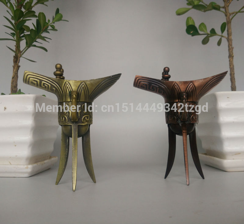 Free shipping Chinese Antique Bronze Wine Cup Three Legs Qianlong Jue Home Decoration Drinking Tool