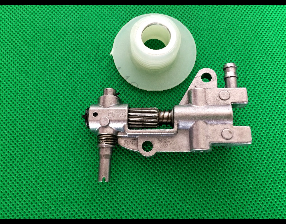 Drive Chainsaw Oil Pump With Gear Worm Set For Chainsaw 4500 5200 5800 45CC 52CC 58CC Chain Saw Parts Garden Tool Parts