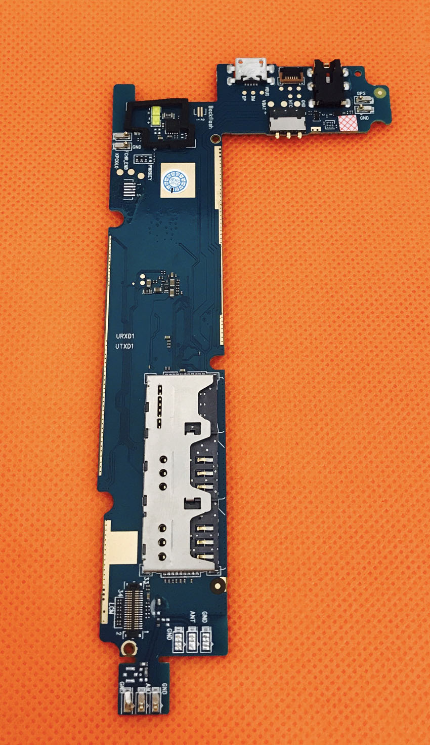Used Original mainboard 1G RAM+8G ROM Motherboard for Blackview A8 MTK6580A Quad Core 5.0 Inch Free shipping