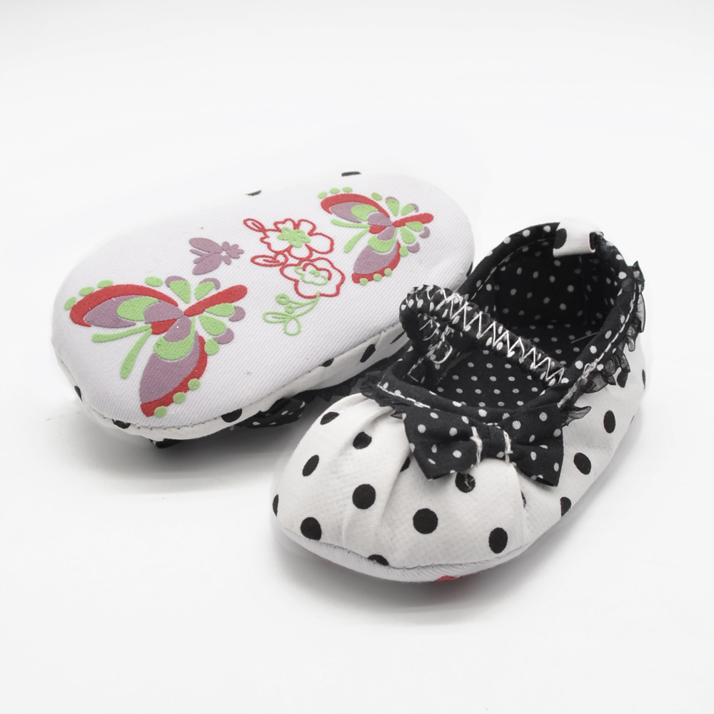 Square Mouth Black Pleated Lace Princess Babies Shoes Soft Sole Non slip Baby Shoes Pure Handmade Multi element First Walkers in First Walkers from Mother Kids