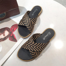 купить 2019 New Slippers Beach Slippers Women shoes Flip Flops Sandals Slipper Casual Non-Slip On Slide Shoes zapatos de mujer по цене 754.34 рублей