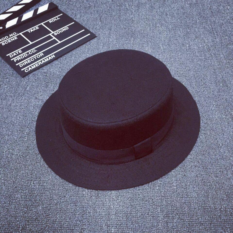 c27053390128e Unisex pork pie hat invierno fedora sombreros para hombre de estilo vintage redondo  sombrero para mujeres caballero jazz caps en Disfraces juegos hombre de ...