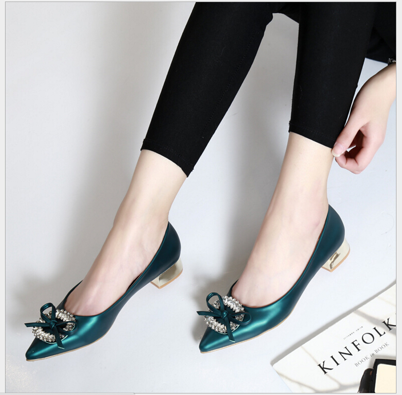 Women Shoes 2017 Spring Autumn Fashion Pointed Toe Slip-On Flat Shoes Woman Comfortable Single Casual Flats Size 35-40 zapatos spring summer women flat ol party shoes pointed toe slip on flats ladies loafer shoes comfortable single casual flats size 34 41