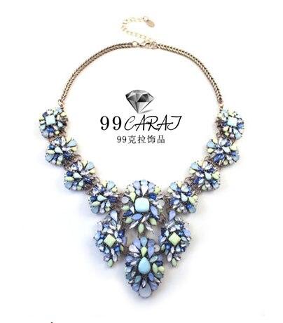 a3136b041 99 الأزياء والمجوهرات جديد يطرح أنيقة سبائك الذهب اللون الملونة الزهور  لامعة الاصطناعية الأحجار الكريمة قلادة للنساء
