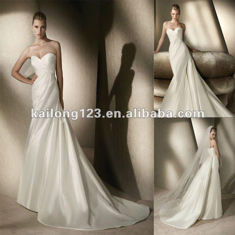 Simple sweetheart mermaid chapel train detachable train for Simple ivory wedding dresses