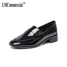 Women's shoes British style flat shoes female retro square head thick and lacquer leather pure color loafers women casual shoes