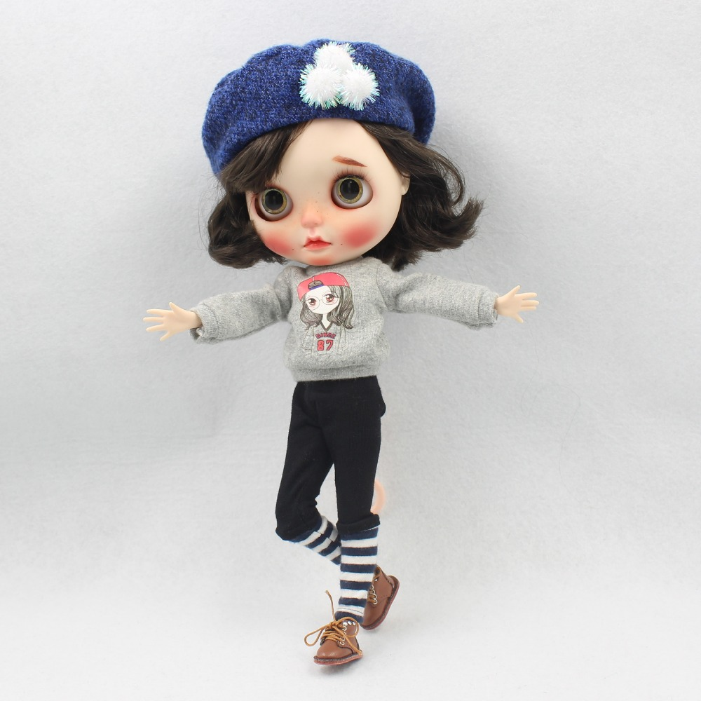 Neo Blythe Doll Winter Outfit with Hat 3