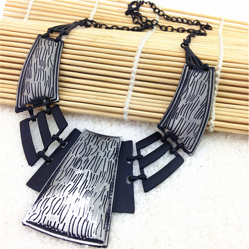 Bib Exaggerated Style Statement Necklace New Arrival Women Fashion Necklace Unique Vintage Necklaces & Pendants Braided Tennis