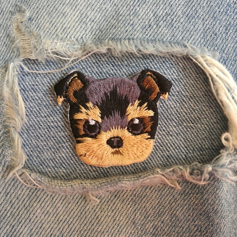 1 PIC 4.2*3.4CM Computer Embroidery Chapter Lovely YorkshireTerrier DOG Embroidered Cloth Embroidered Chapter Dress Adornment