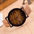 Xiniu Relógio dos homens Relógios De Pulso De Madeira de Bambu de Madeira Numerais Romanos Relógios de Luxo Pulseira de Couro de Madeira para Os Homens como Presentes Item