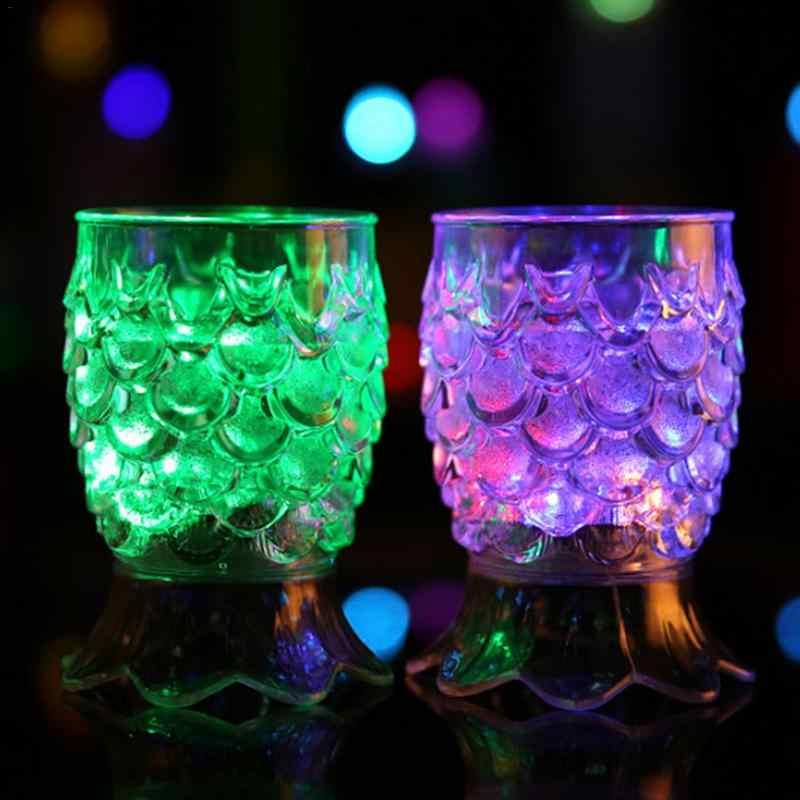 Бар красочные светящиеся бокалы для вина в форме ананаса Кубок автоматические светодиодные мигающие чашки принадлежности для барной вечеринки